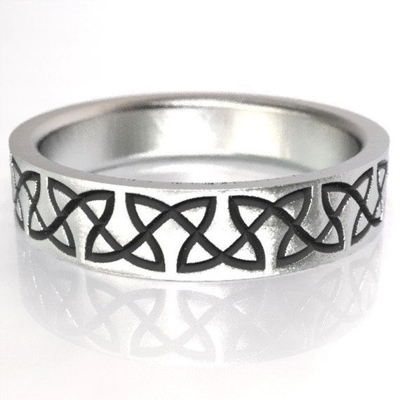 Celtic Wedding Ring With Classy Dara Knotwork Design in Sterling Silver, Wedding Ring Made in Your Size CR-748
