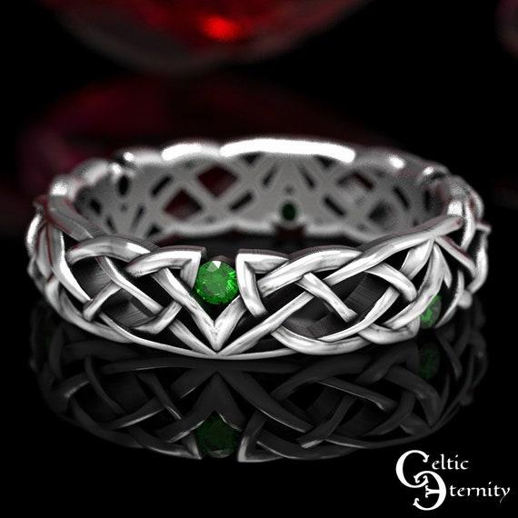 Emerald Celtic Ring, Narrow Wedding Ring, Sterling Wedding Ring, Unique Wedding Band, Beautiful Wedding Ring, Classic Wedding Ring, 1505
