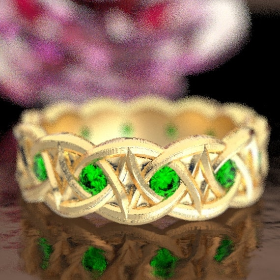 Gold Celtic Wedding Ring With Dara Knot Design & Emerald Stones in 10K 14K 18K or Palladium, Made in Your Size Cr-1036
