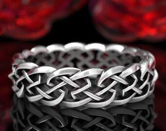 Celtic Knot of Protection, Celtic Wedding Band, Sterling Silver Knotwork, Irish Wedding Design, Sterling Celtic Ring, Corner Knot Ring 1356