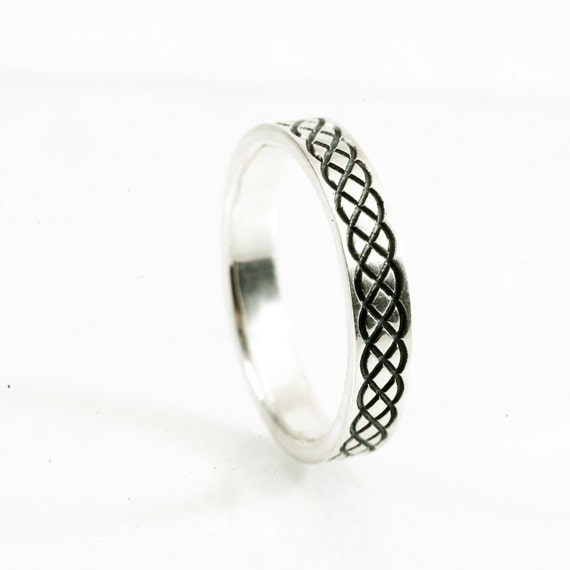 Gold Celtic Braided Knot Engraved Design in 10K 14K 18K or Palladium, Made in Your Size Cr-726