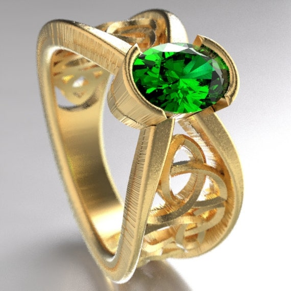 Gold Celtic Wedding Ring With Emerald and Trinity Knotwork Design in 10K 14K 18K, Palladium or Platinum, Made in Your Size Cr-1023