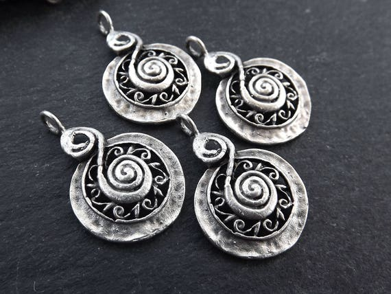 4Pcs Antiqued Silver Tone Mary Round Circle Charms Pendants 21x24mm
