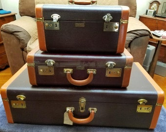 6d2ba4348f6 Vintage 3-Piece Leather Luggage Set with Covers