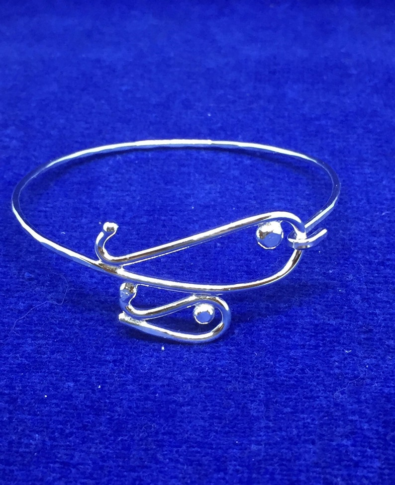 """""""Mother and Baby Whale"""" Bracelet"""