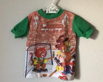 d01ef20a244 Vintage Richard Scarry Top - 70s 80s Busytown Toddle Time Novelty Retro  Hockey Graphic Canada Green Ringer T-Shirt Top 24 Month 2 3