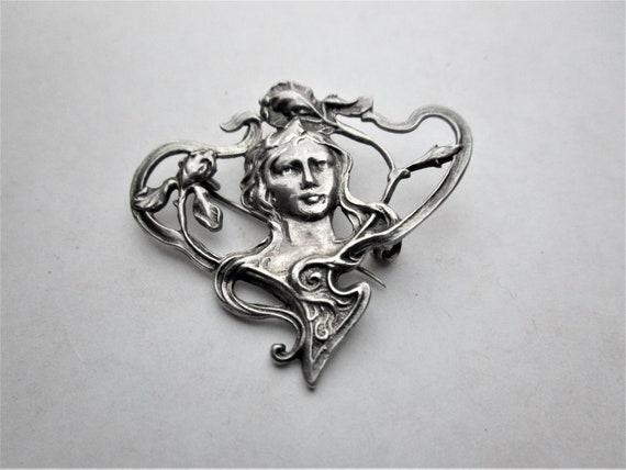 Art Nouveau Brooch - image 2