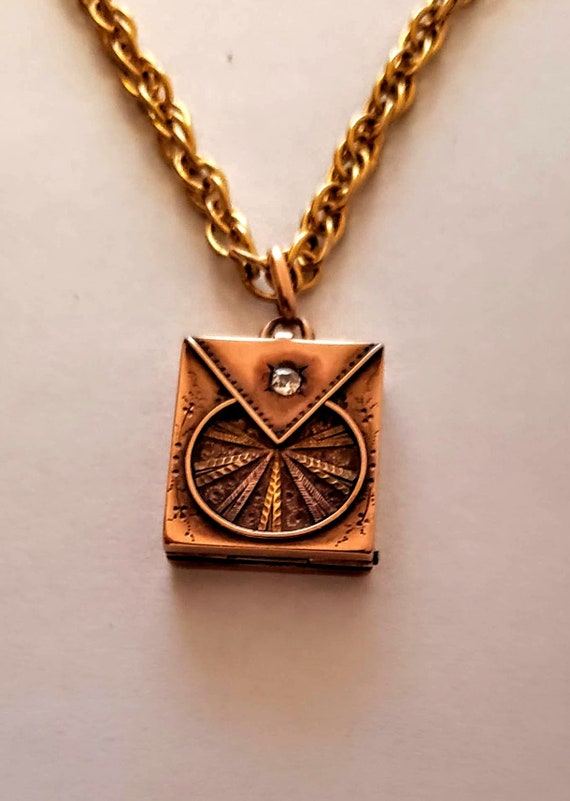 Victorian Gold Diamond Locket