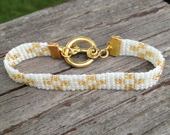 Pearl and Gold Bead Loom Bracelet with Gold Toggle Clasp