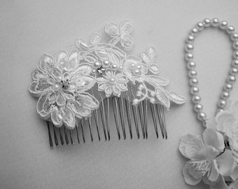 Bridal Lace Wedding Comb~ White Wedding Lace Comb~Bridal Hair Accessories~Wedding Hair Accessory