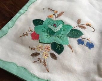 Vintage Embroidered Placemats Large Napkins Set of 2 Pear and Flower 60/'s 70/'s