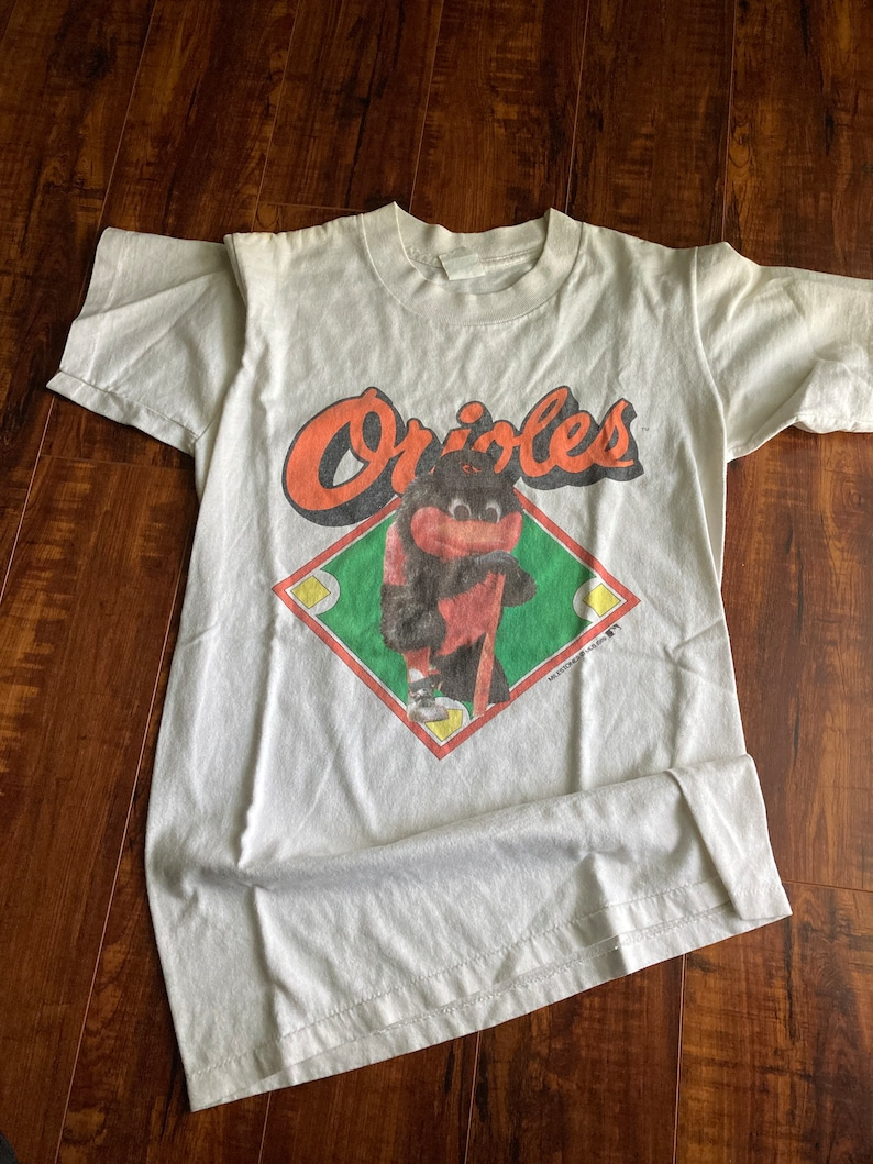 Retro Baltimore Orioles tee shirt