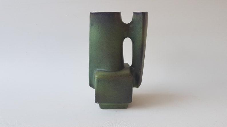 Green Loré vase designed by Matt Camps image 0