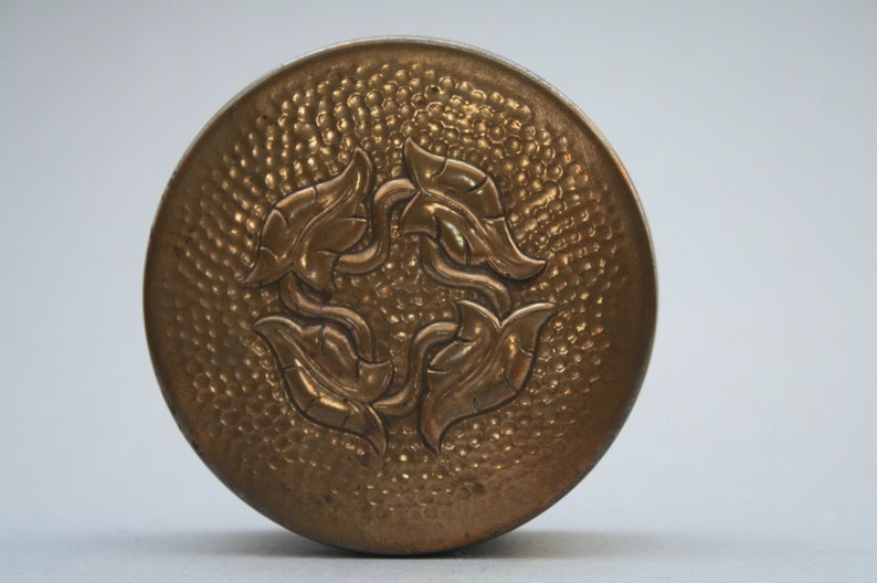German Hammered pillbox with an Art Nouveau decoration image 0