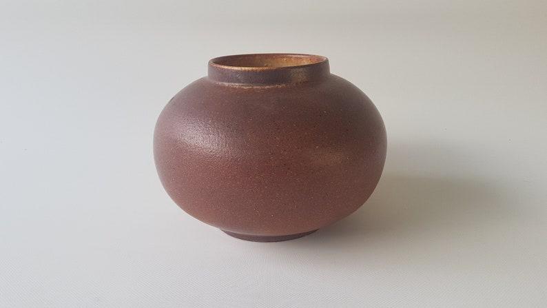 Beautiful brown Lu Klopfer studio vase image 0