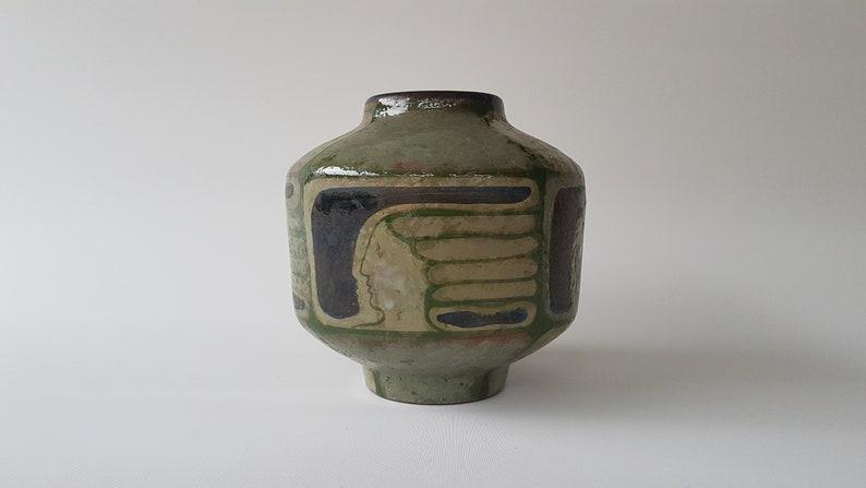 Eva Fritz Lindner vase for Karlsruhe Majolika image 0