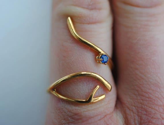 Branch Yellow Gold Roots Ring with Amythest Gemstone and Gold Accent