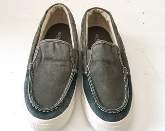 9bb88247a6d SLIP ON SHOES Slip On Sneakers Vintage Slip Ons Boat Shoes for Men Canvas Shoes  Vintage Shoes Vintage Sneakers 10 G.H. Bass Shoes Men Green
