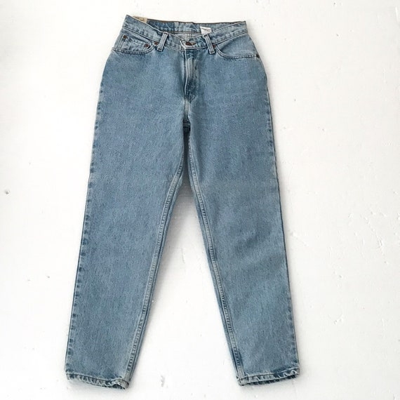 Vintage LEVIS JEANS Women HIGH Waisted Jeans High