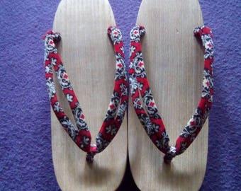 5772961e0c6 Vintage japanese shoes wood guetas velvet kimono geisha sandals handmade  Japan