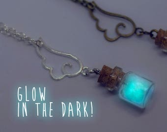 Glow in the Dark Necklace, Glowing Star, Glowing Necklace, glowing jewelry, glow dark necklace, bottle necklace, glass vial pendant, fantasy