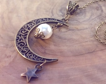 Moon and Star Necklace, Crescent Moon, Moon Necklace, Moon Pendant, Wiccan Necklace, Fantasy Necklace, Fantasy Jewelry, Mothers Day Gift