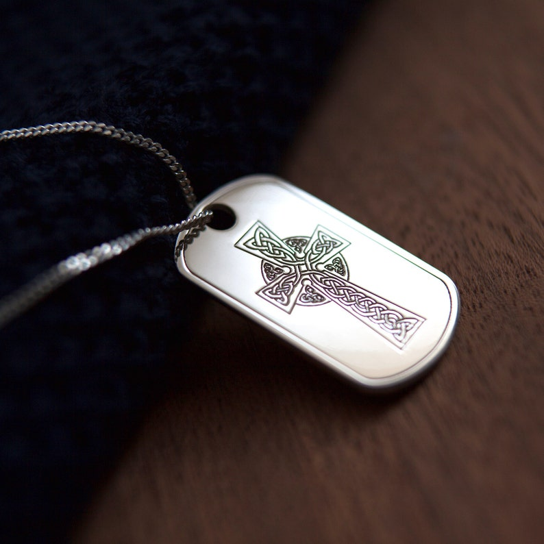 925 STERLING SILVER CUT OUT CROSS DOG TAG WITH ENGRAVING /& CHAIN OPTIONS GIFT
