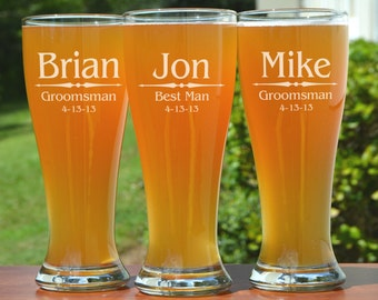 Personalized Groomsmen Gifts, 2 Pilsner Pint Glasses Beer Mugs, Custom Etched Glasses, Rustic Wedding Party Favors, Gifts for Men, Groomsmen