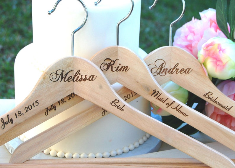 Personalized Gift Personalized Bridesmaid Gift Rustic Wedding 5 Hangers Maid of Honor Gift Bridesmaid Gifts Bridesmaid Name Hanger