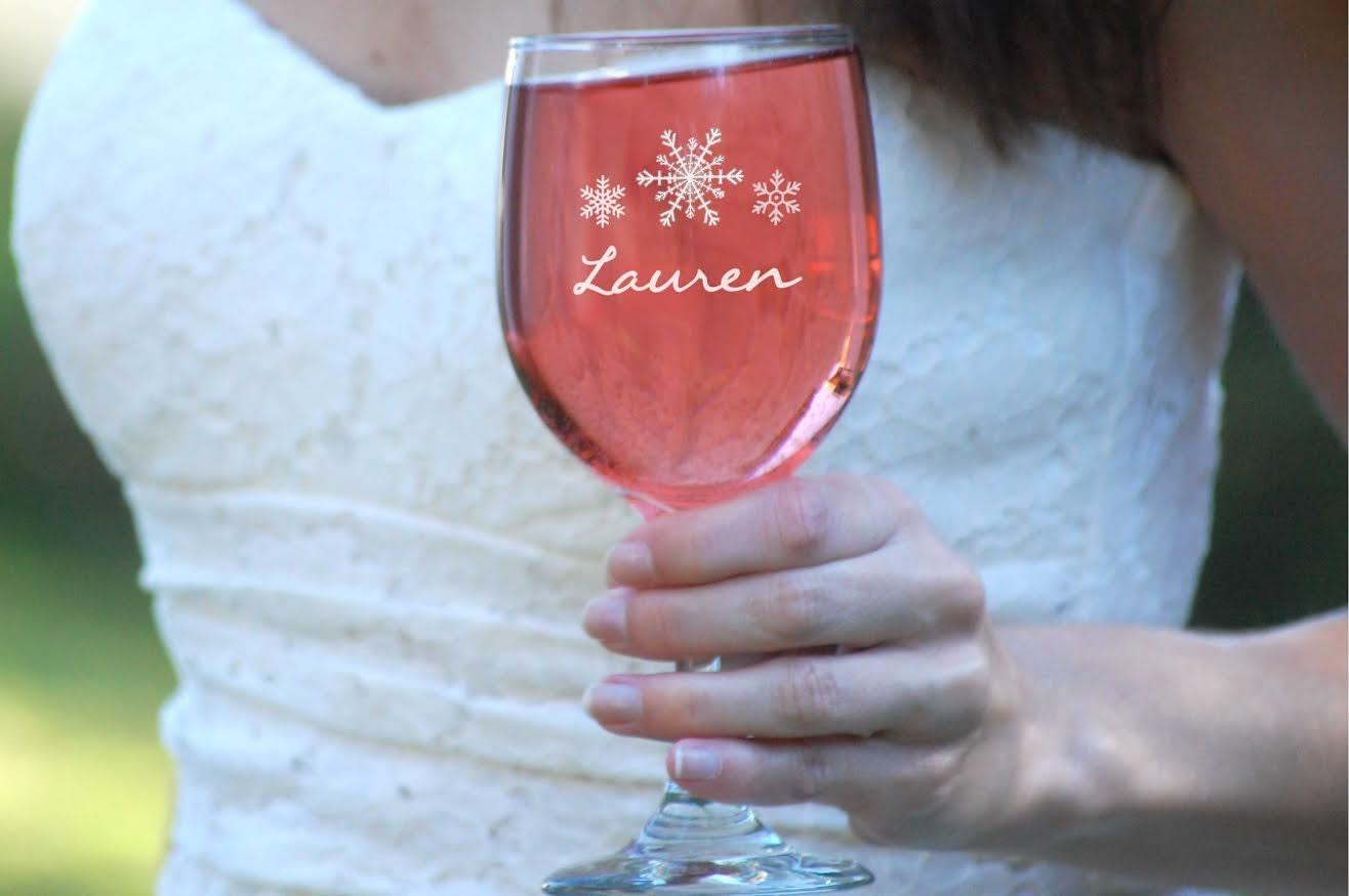 Set Of Snowflake Wine Glasses Custom Engraved Wedding Favors Etsy