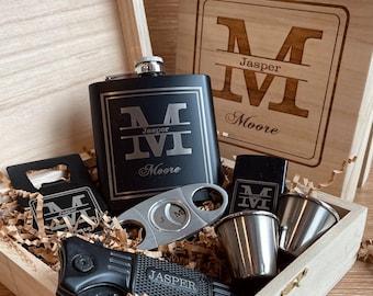 Groomsmen Gift Box, Flask Gift Box, Groomsmen Flask Gift Box, Groomsmen Flask Gift Box, Groomsmen Gift Boxes, Groomsmen Gifts, Mens Gift Box