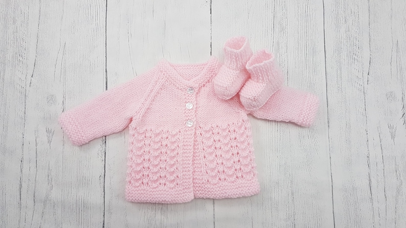 79c88c85591d Preemie Premature Newborn Small baby cardigan   booties.