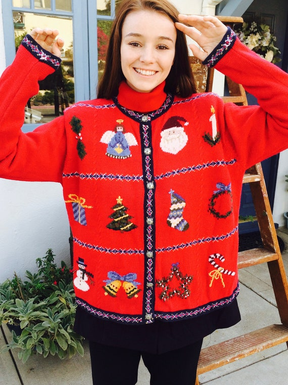 Beautiful Red Christmas Sweater Nordic Style Vinta