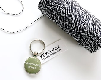 Mountain Lover keychain. Key chain for outdoor enthusiasts.