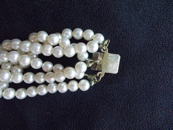 Vintage 6 Strands Faux Pearl Necklace - image 7