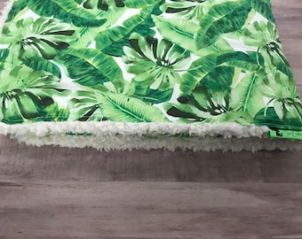 Adult Blanket. Blanket Tropical Leaf. Green Blanket. Twin Bed Blanket. Summer Blanket. Faux Fur. BizyBelle