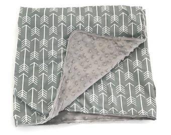 Tribal Arrow Throw Blanket. Adult Blanket, Twin Bed Blanket, Gray Blanket. Arrow Baby. Gender Neutral Blanket. Kid's Blanket . Tribal Blanke