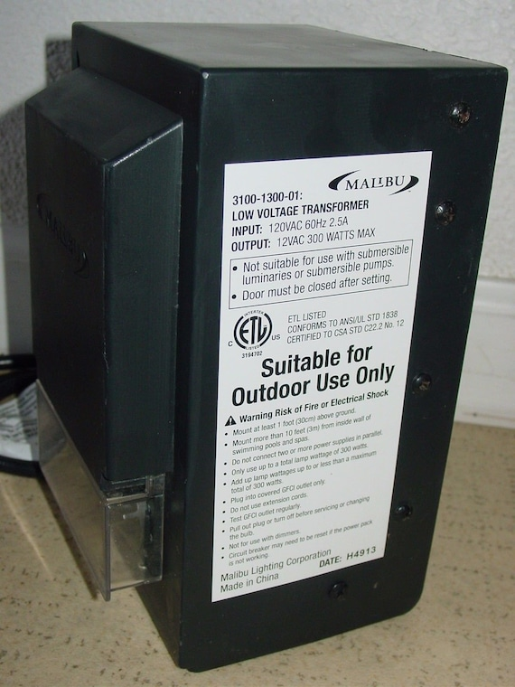 Malibu 300 Watt Low Voltage Power Pack Transformer 3100-1300-01 for Garden  Landscape Lighting