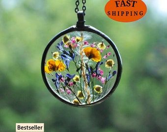 Terrarium Jewelry, Botanical Necklace, Flower Jewelry, Pressed Flower Necklace, Stained Glass Jewelry, MARIAELA, meadow pendant
