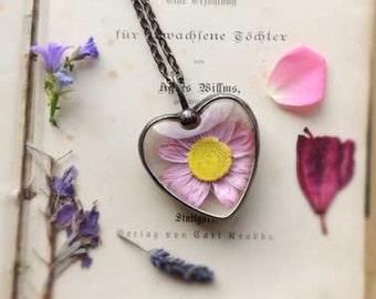 Terrarium necklace, Dry flowers terrarium necklace, boho, wedding, bridesmaids necklaces, sphere necklace, for all nature lovers