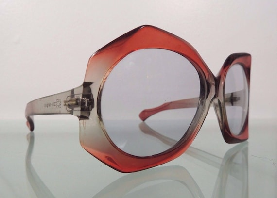 6287953b28 Vintage Mid-Century Modern Cool-Ray 195 Red Clear Sunglasses