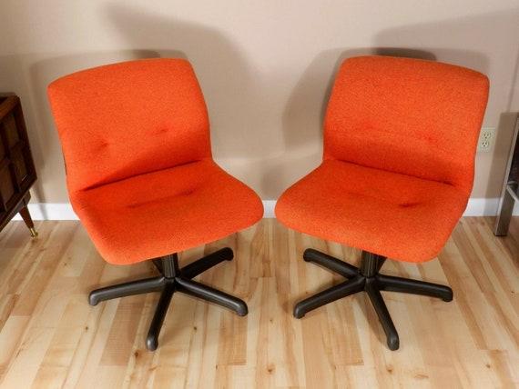 Sedie Da Ufficio Arancione.Set Di 2 Sedie Da Ufficio Arancione Postmoderno Steelcase Etsy