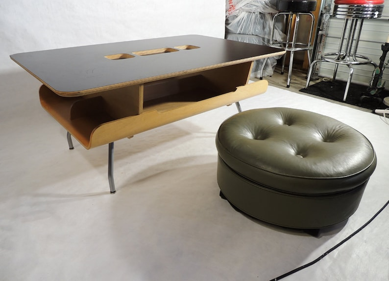 Rolling Ottoman Coffee Table.Vintage Round Faux Gray Leather Rolling Ottoman Stool