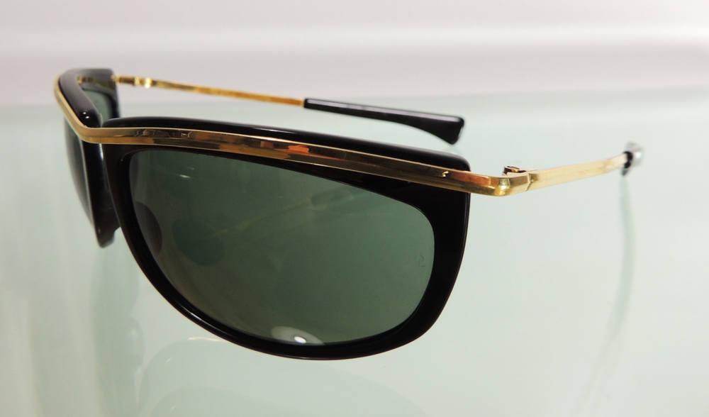 Vintage Ray-Ban B&L L1000 Olympian negro oro gafas de sol