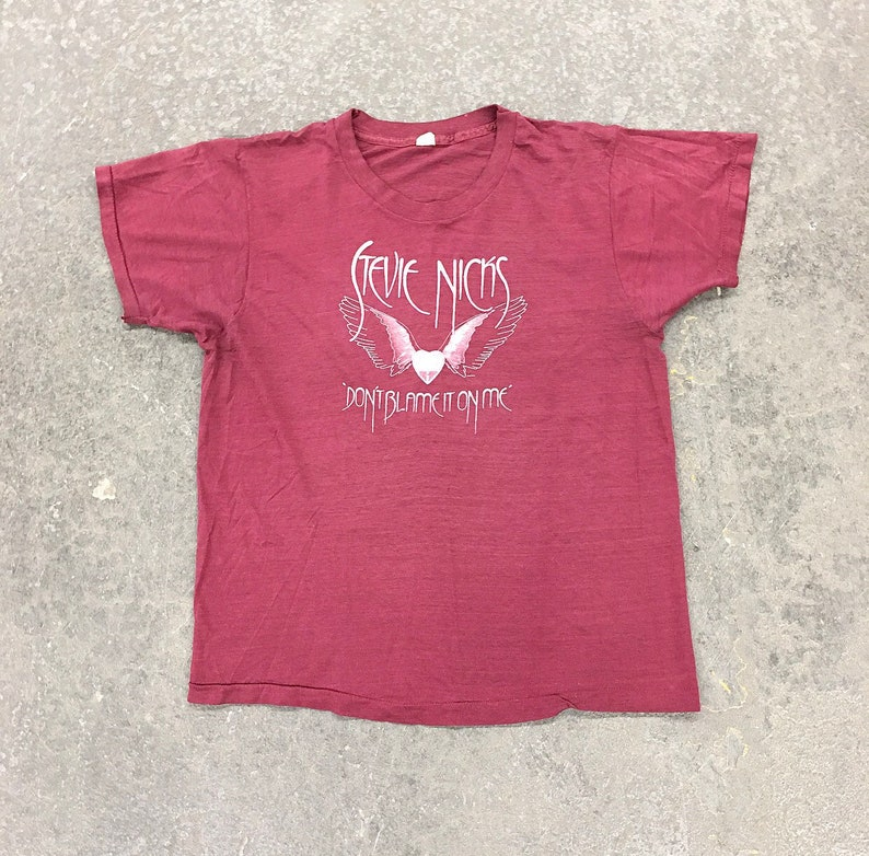 Tour T-shirt Vintage Stevie Nicks Tee Retro 1980s Blame it on my Wild Heart The Reigning Queen of Rock /'n/' Roll Unisex Apparel