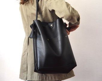 Shopping bag of Calf full flower black