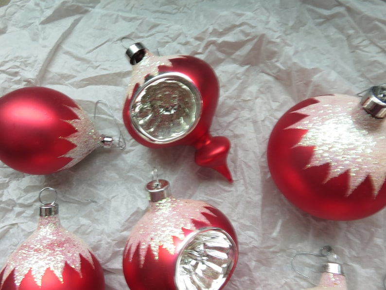 Vintage Lot of 12 Red Glitter Indent Teardrop Christmas Tree Ornaments