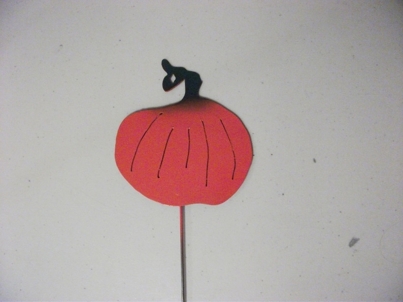 """1 Radish Vegetable Garden Marker Made from Scrap Metal 5/"""" Tall and 12/"""" Stake"""