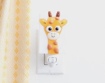 Giraffe night light for kids in fusion glass, yellow baby or child room decoration, cute giraffe gift, savannah animals