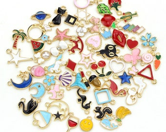 20 Pcs Alloy Snake Charms Mixed Smooth Metal Charms Pendants Accessory Bright Gold DIY for Jewelry Making and Crafting